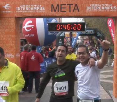Carlos y Alvaro entrando en meta